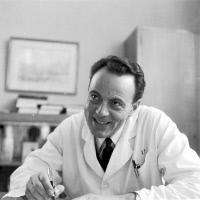 François Jacob (1920 - 2013) en octobre 1965
