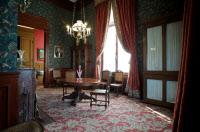 Petite salle à manger dans les appartements de Louis Pasteur