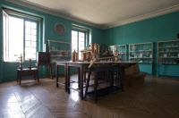 Salle des souvenirs scientifiques illustrant les travaux de Louis Pasteur au musée Pasteur.