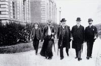 Visite de Robert Koch à Elie Metchnikoff à l'Institut Pasteur en 1904