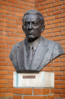 Buste en bronze de Henri Darre (1878-1948)