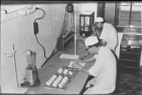 Inoculation sur oeufs embryonnés à l'Institut Pasteur de Nha Trang