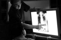 Etude d'une radiographie - Atelier de formation de radiologues Cambodgiens