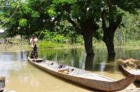 Pirogue - Province de Prey Veng, Cambodge.