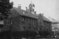 Bâtiment dédié à la recherche sur la peste avant 1951