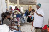 Poste de Santé de Fith Mith Guediawaye, Dakar, Sénégal. A droite la directrice et sage femme