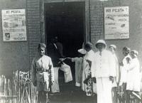 Madagascar. Vaccination antipesteuse vers 1928