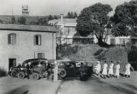Equipes de vaccination antipesteuse à Madagascar vers 1930