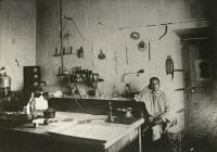 A. G. Panet et A.D. Habib