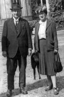 René et Marcelle Dujarric de la Rivière vers 1955