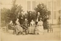 Alphonse Laveran entouré d'amis