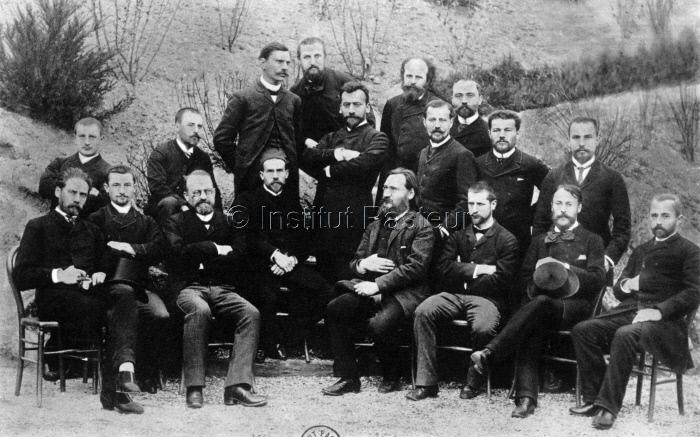 """Premier """"Cours de Microbie technique"""" à l'Institut Pasteur en 1889"""
