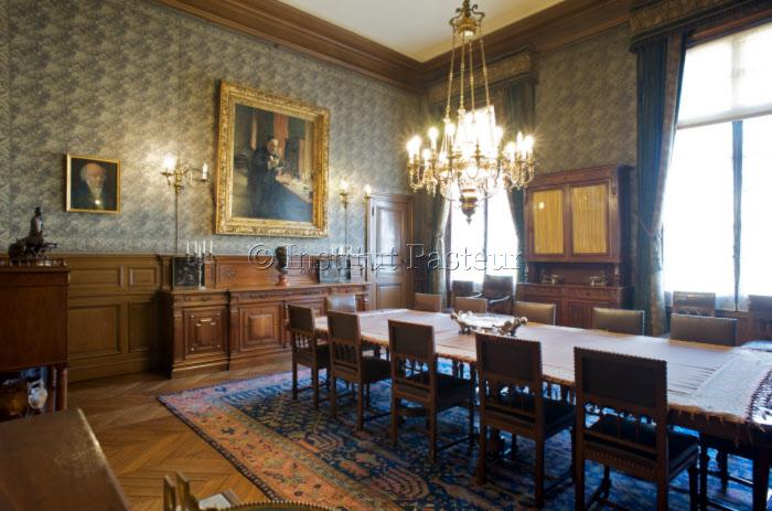 Grande salle à manger de l'appartement de Louis Pasteur