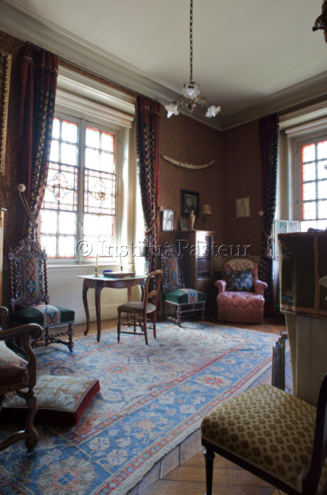 Le petit salon de l'appartement de  Louis Pasteur.