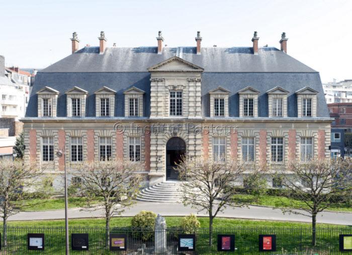 Façade du bâtiment historique de l'Institut Pasteur