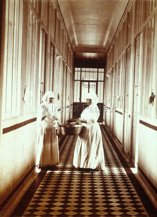 Soeurs dans l'Hôpital Pasteur