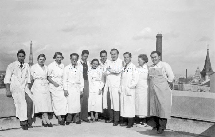 Equipe du laboratoire de chimie de Michel Macheboeuf (1900-1953)