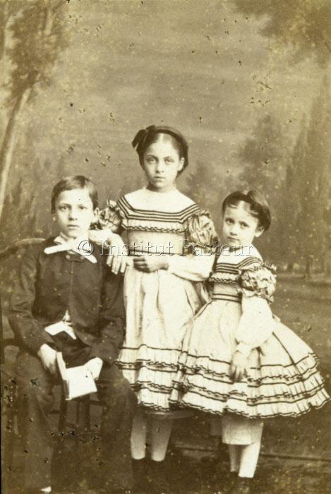 Trois enfants de Louis Pasteur : Jean-Baptiste, Cécile, Marie-Louise